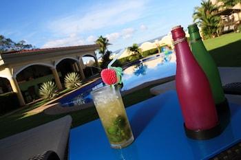 Villa Pedro - Boutique Hotel Negros Oriental Poolside Bar