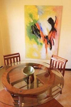 Villa Pedro - Boutique Hotel Negros Oriental In-Room Dining