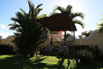 Villa Pedro - Boutique Hotel Negros Oriental Garden