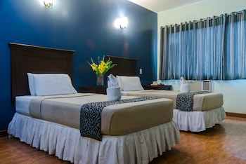 Oftana Suites Cebu Guestroom