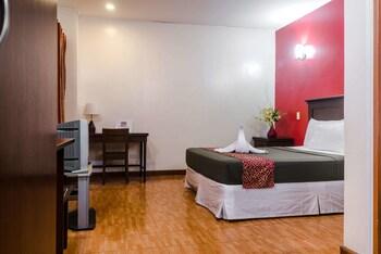 Oftana Suites Cebu Guestroom View