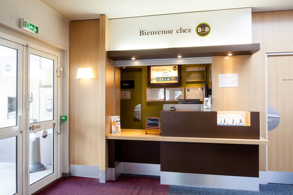 B&B Hôtel NOISY LE GRAND
