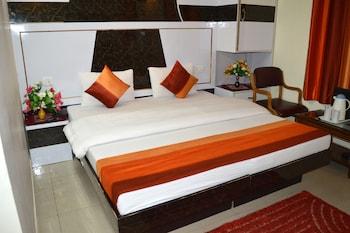 Photo for Hotel Su Shree Continental in New Delhi
