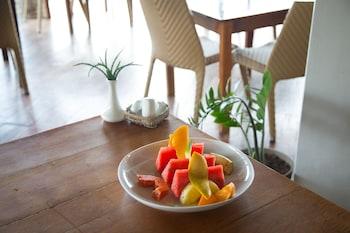 Cadlao Resort & Restaurant El Nido Food and Drink