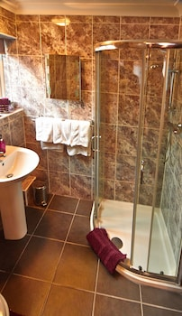 Swandale Guest House - Bathroom  - #0