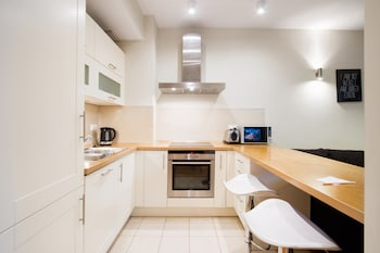 Wawel Plaza Luxury Apartments by Amstra - In-Room Kitchen  - #0