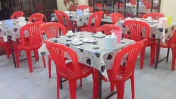 Hninn Si Budget Inn - Restaurant  - #0