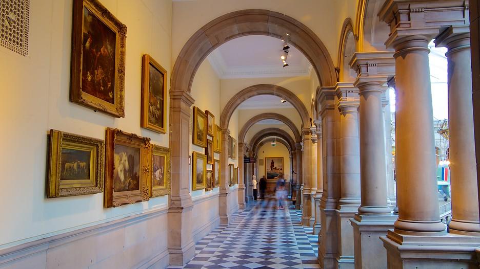 The museum and art gallery kelvingrove tourism essay